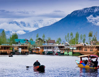 Chandigarh to Kashmir Taxi Rentals